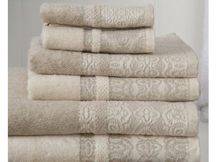Cotton-Linen Floral Towel Set detail